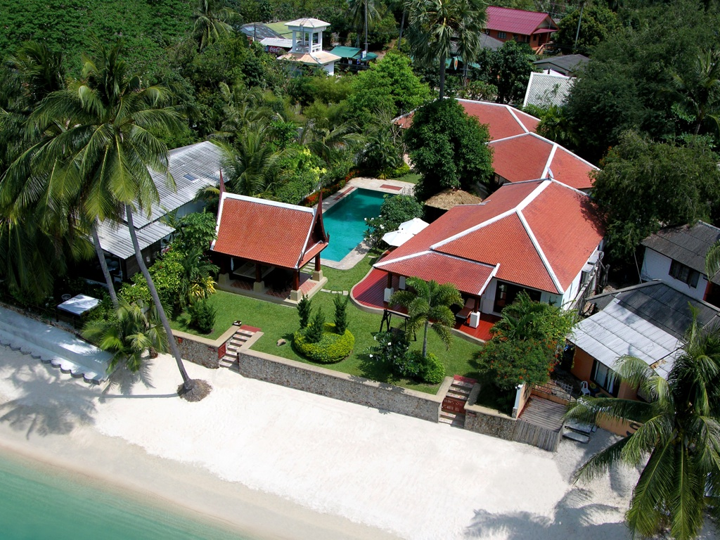 Villa Baan Tamarind at Bang Rak