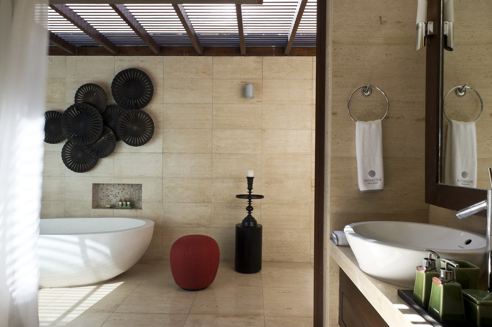 8 Praana Bathroom